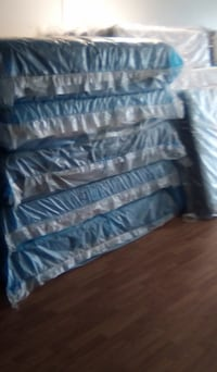 FIVE DOWN!!!! LIQUIDATION GOING ON NOW!!!!: Mattress Hybrid King Queen Temple