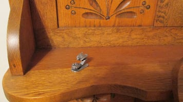 VINTAGE SET 2 SPOONTIQUES PEWTER FIGURE CAT KITTY