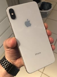 ✔️ Excellent condition iPhone✔️ Includes box
