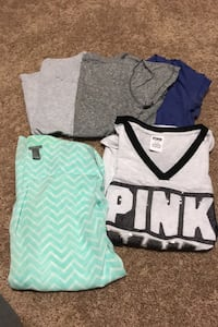 Women's/juniors medium lot