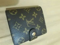 Louis Vuitton wallet  Brooklyn, 11225
