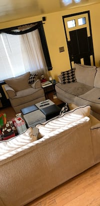 3 pc Couch/Love Seat/ chair Baltimore, 21229