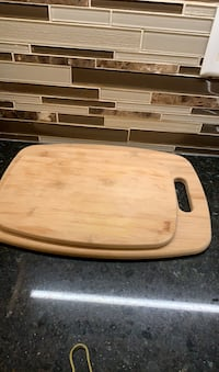 Wood cutting board Mississauga, L5B 0E4