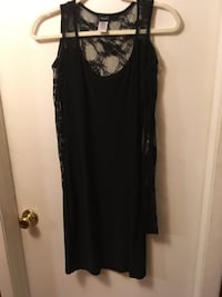 Women's lace back and sleeve dress size large