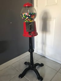 Gum ball machine  Dania Beach, 33004