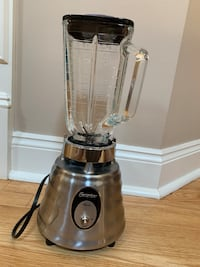 Like New Osterizer Classic Blender  Watchung, 07069