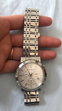 round silver-colored chronograph watch with link bracelet New York, 11228