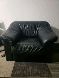 2 leather chairs and 1 ottoman  Hyattsville, 20782