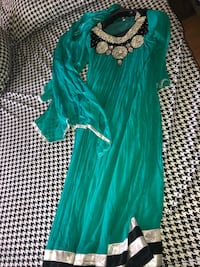 Pakistani dress  Toronto, M9M 2B4
