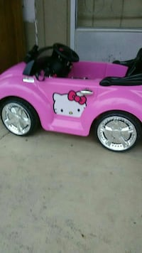 Hello Kitty Power wheels car