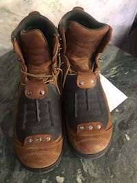 Redwings boots size (13) worn only 5 times  Las Vegas, 89146