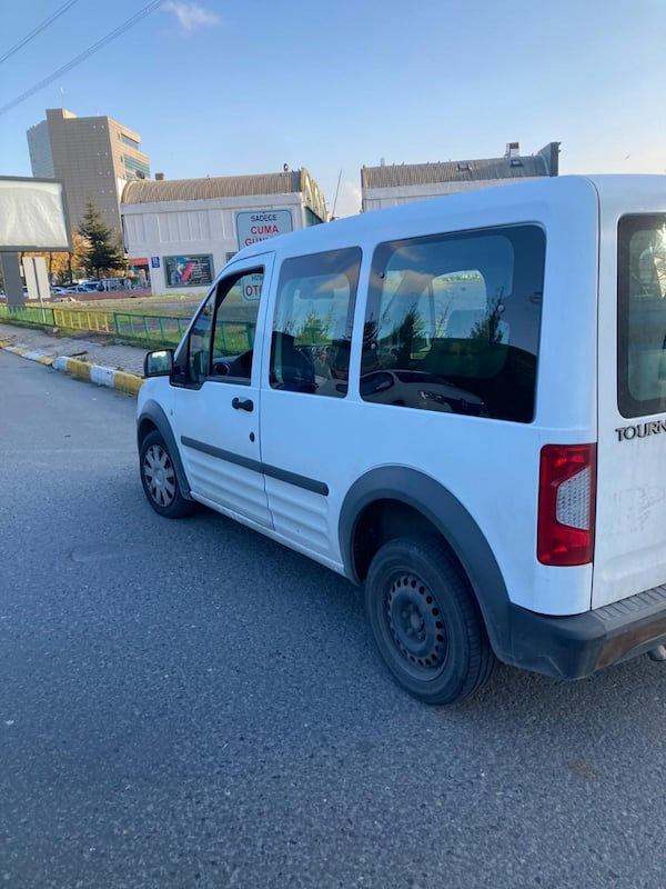 2012 Ford Connect 3b5c1be5-4223-4f61-a352-2fc0bdb2d930