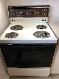 Stove in very good condition Gatineau, J8Y 6J8