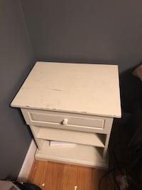 Night stand Linthicum Heights, 21090