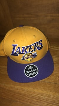 yellow and blue Los Angeles Lakers fitted cap Pound Ridge, 10576
