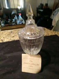 The american glass jar by Amway 829 mi