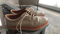 pair of brown leather low-top sneakers Montréal, H3B
