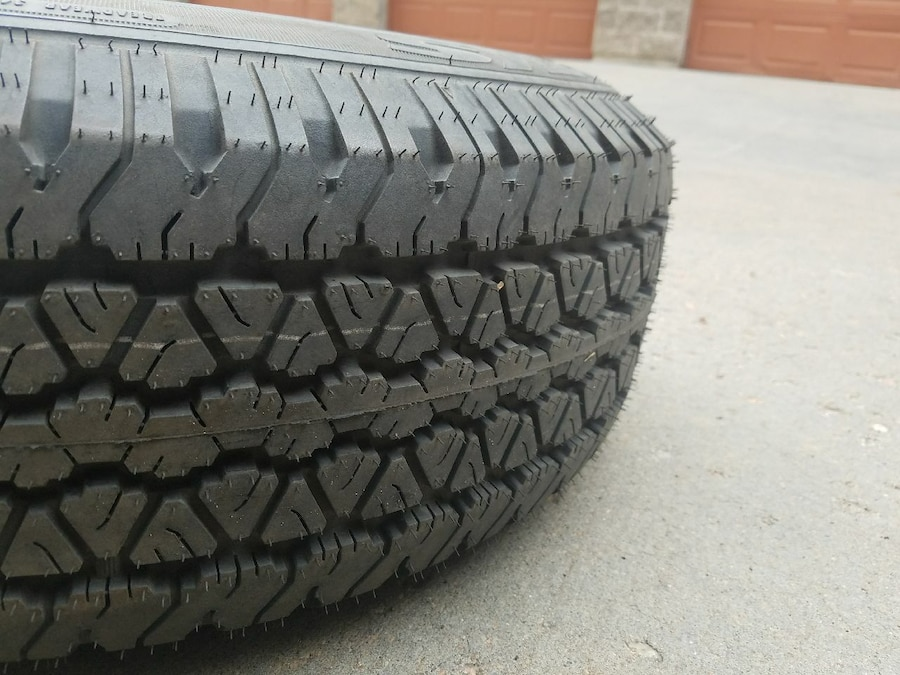 1 spare tire size 265/70/16