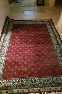 rug Green & deep rose Oklahoma City, 73120