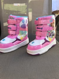 White-pink-blue velcro strap boots