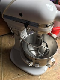gray and black KitchenAid stand mixer Mobile, 36609