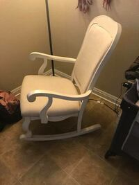 Rocking chair for breastfeeding  Fallbrook, 92058