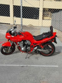 Good bike 1997 Suzuki 600 only 10.000 miles  [PHONE NUMBER HIDDEN]