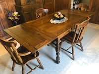 Solid Wood 6PC Dinette Set in Excellent Condition  London