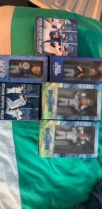 Blue jays bobble heads Toronto, M3J 3T7
