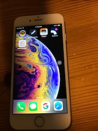 Gold iPhone 6 mit roter Hülle 6521 km