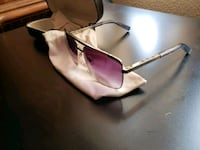 Louis Vuitton framed sunglasses with case Las Vegas, 89110