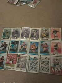 Old assorted football trading card collection Canastota, 13032