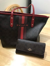 Coach bag with matching wallet  Calgary, T2L 2A5