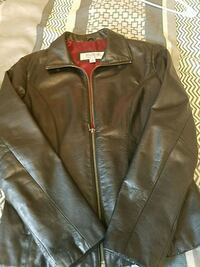 Woman Leather jacket ( size small) Little Ferry, 07643