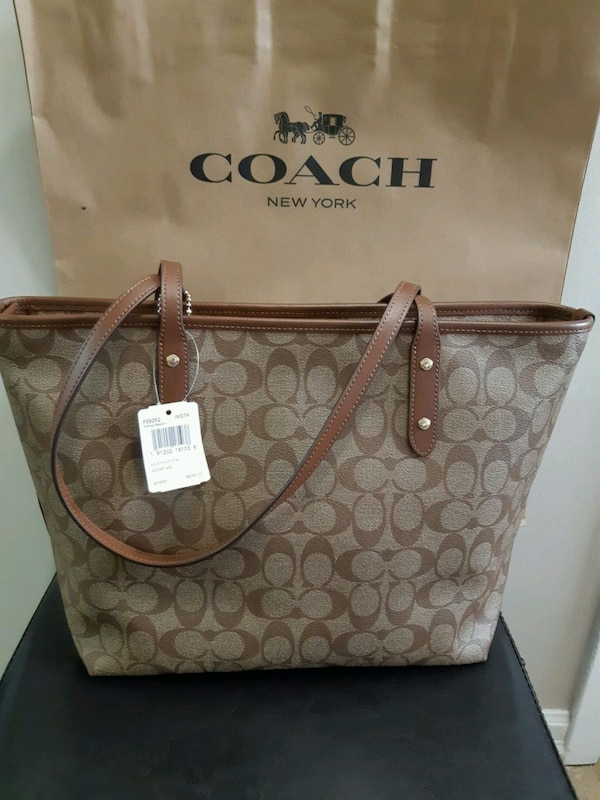Coach city zip tote 1