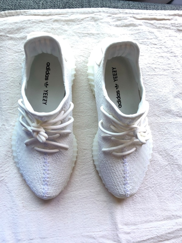 96ade2985e36b Used Yeezy Boost 350 V2 for sale in San Jose - letgo