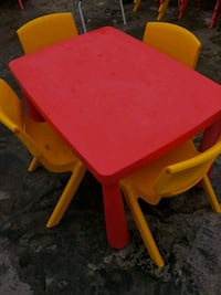 Nursery school table and chairs  Greater London, RM10 8EP
