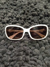 White Coach Sunglasses Oakville, L6L 2W3