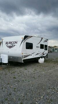 2012 Dutchman Rubicon Toy Hauler 2100 265 mi