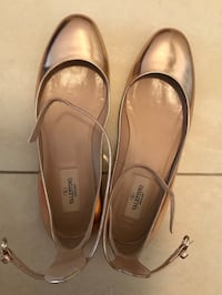 Authentic Valentino ankle strap flats Richmond Hill