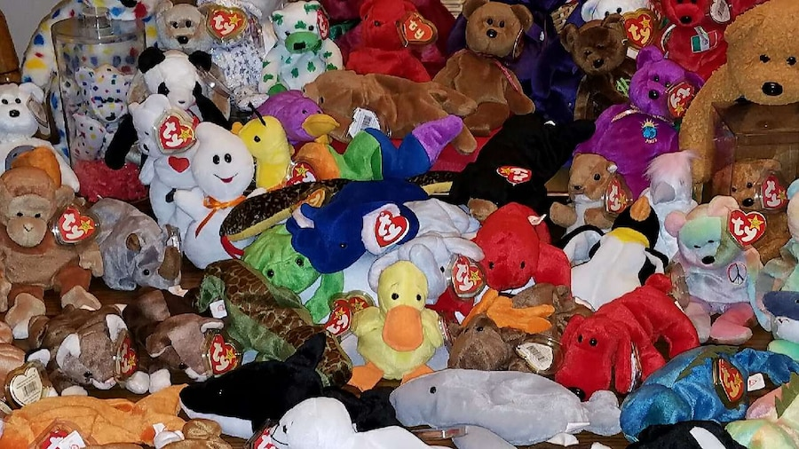 Photo Random collection of Beanie babies