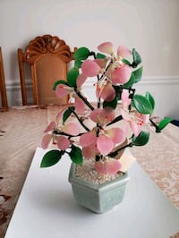 Beautiful Ceramic Tree Bonzie. Perfect condition.