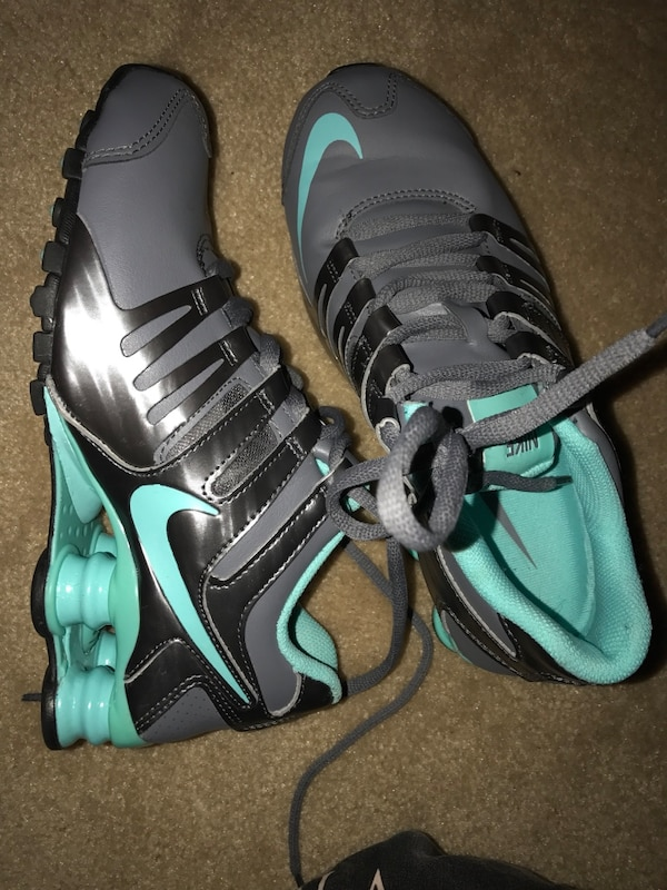 buy popular 76f0f d5809 gray-and-teal Nike Shox
