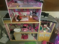Doll House Livonia