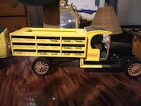 white and yellow truck toy Dade City, 33523