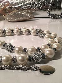 white and silver pearl necklace