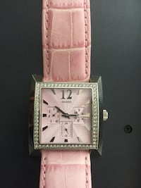 Pink genuine leather Guess Timeless Beauty women's watch Toronto, M2R 3N1