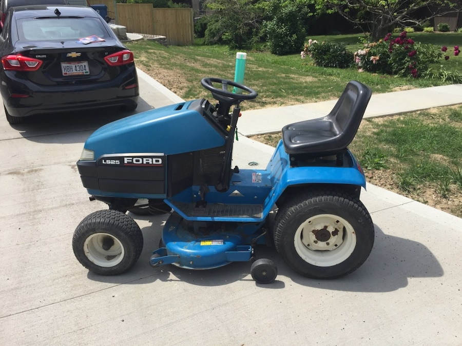 Used Ford Garden Tractors : Used ford lawn tractor in avon