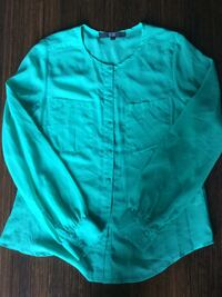 Women Top gently used. Mississauga, L5A 2P6