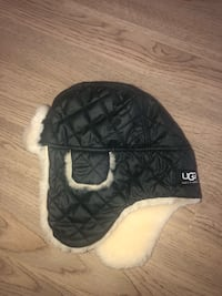 Children's Ugg hat size 2-4 years Mississauga, L5B 1P2